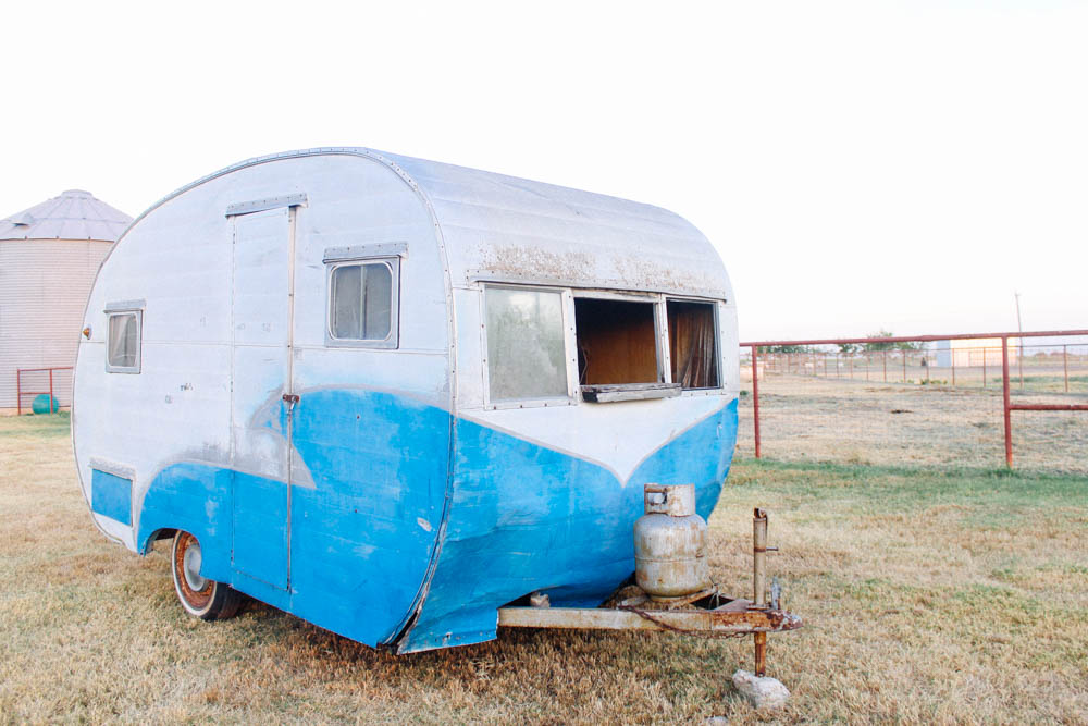 BabyBird-Vintage-Trailer-Renovation-Photo-Booth-Texas